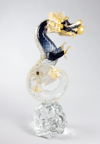 Drago acciaio sfumato e oro