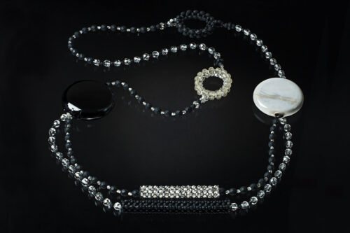 Collana perle piatte e cerchi grigio acidato, grigio, nero acidato